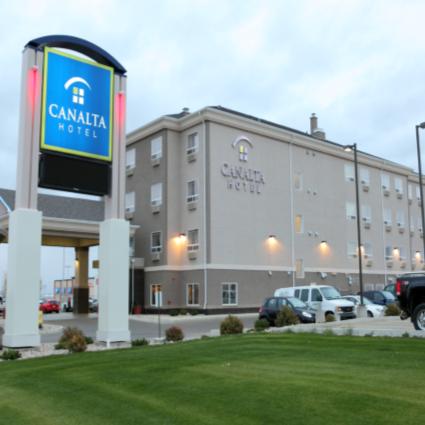 Canalta Hotel - Weyburn, SK
